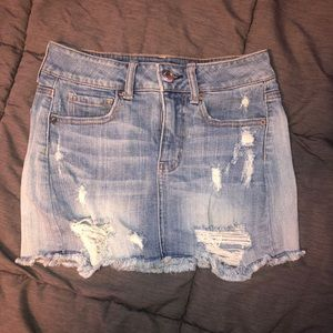Women's American Eagle ripped skirt